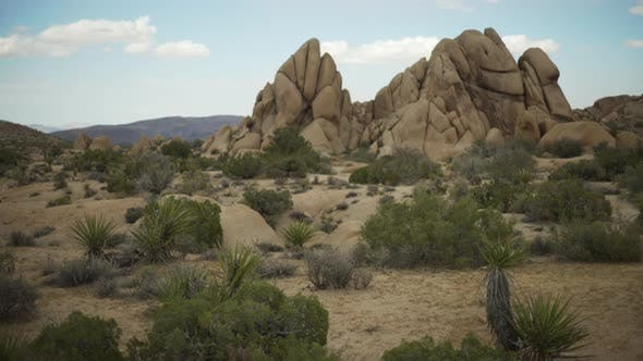 Thumbnail for A large rocky mesa in a desert valley for green screen