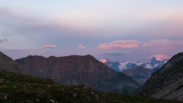 Thumbnail for Time lapse: unique view of Massif des Ecrins