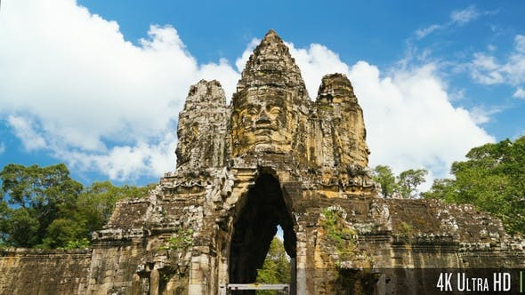 Thumbnail for 4K South Gate of Angkor Thom Complex in Siem Reap