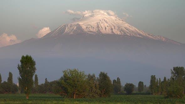 Thumbnail for Ararat Mountain