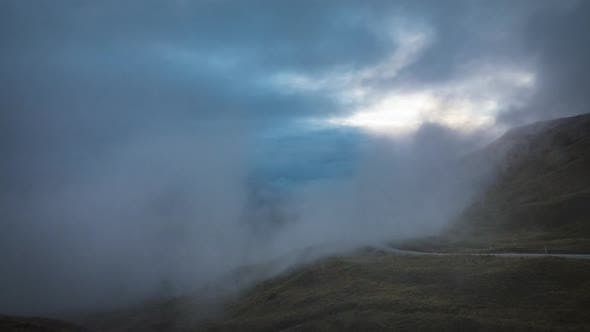 Cover Image for Foggy weather in New Zealand