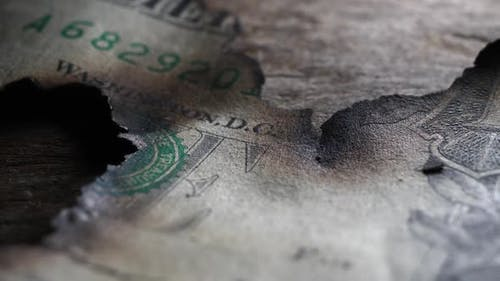 Verbrannter Dollar