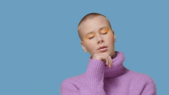 Bold Caucasian Model in Studio Video Portrait