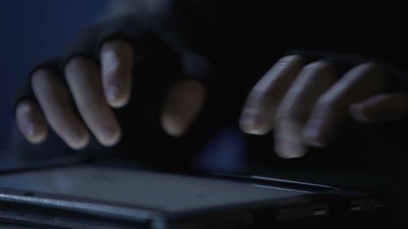 Cyberterrorist Attacks Government Computer Network From Tablet, Launching Virus