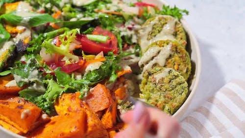 Falafel salad bowl.