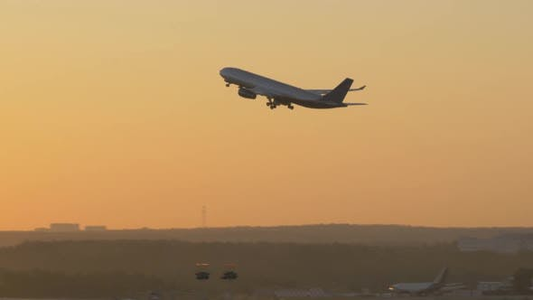 Thumbnail for Evening Airplane Takeoff