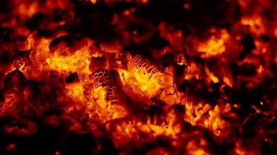 Glowing Fire (2.7K)