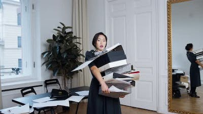 Business Woman Working Hard Work in Office