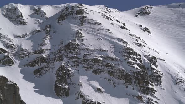 Cover Image for Mixed Snowy and Rocky Summit Wall