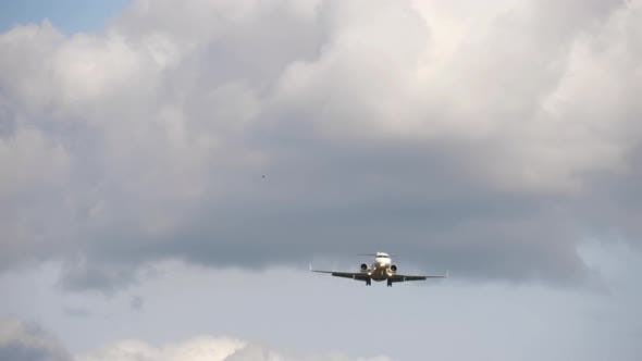 Regional Airliner on Final Approach