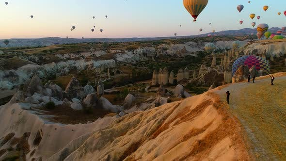 Thumbnail for Sunset Photographer With Balloons