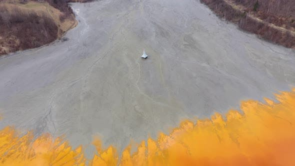 Thumbnail for Environmental damage from a Copper Mine