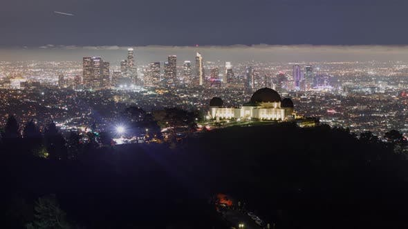 Thumbnail for Time lapse of downtown Los Angeles behind the Griffith Observatory