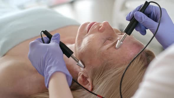 Face Lift Treatment