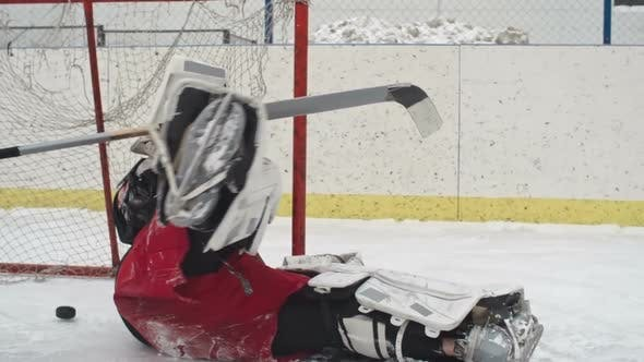 Thumbnail for Hockey Goalie Fail