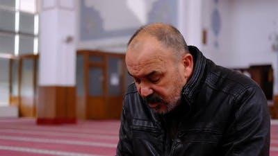 Muslim Praying to Ramadan Moon