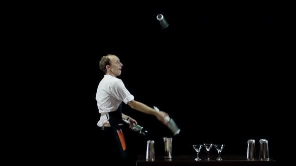 Thumbnail for Bartender Juggling the Objects