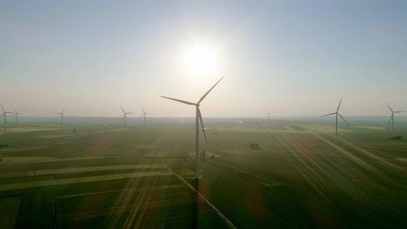 Windkraftanlagen, die alternative Energie erzeugen