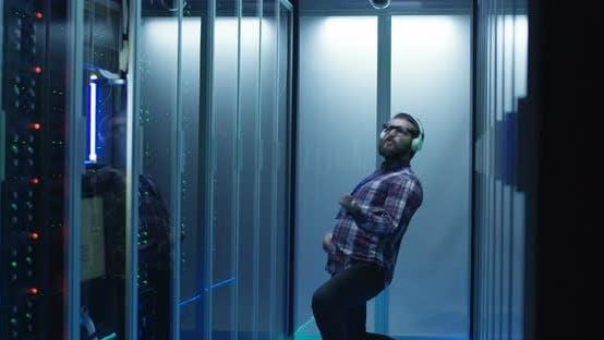 Thumbnail for Happy Dancing IT Engineer in Server Room