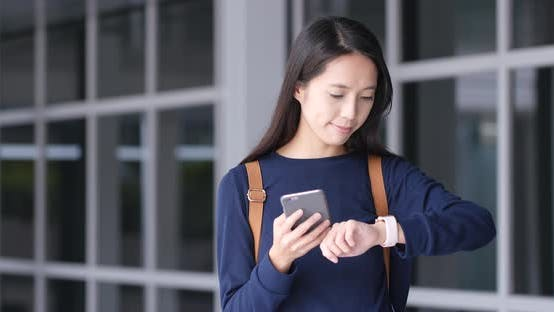 Cover Image for Woman use of smart watch