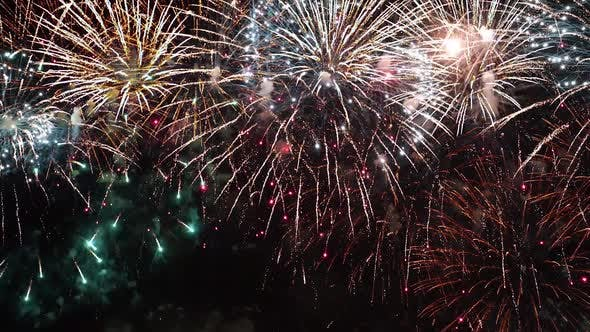 Cover Image for Colorful Fireworks Exploding in the Night Sky
