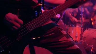 Man Play the Bass Guitar