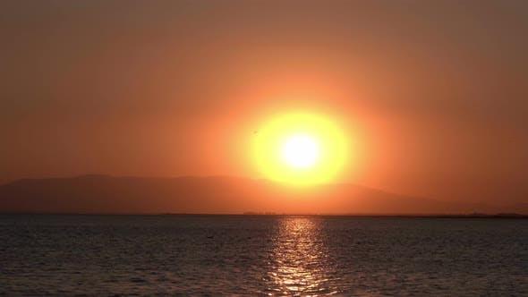 Red Ocean Sunset Horizon