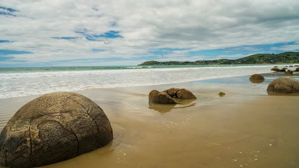 Thumbnail for Moeraki Boulders in New Zealand