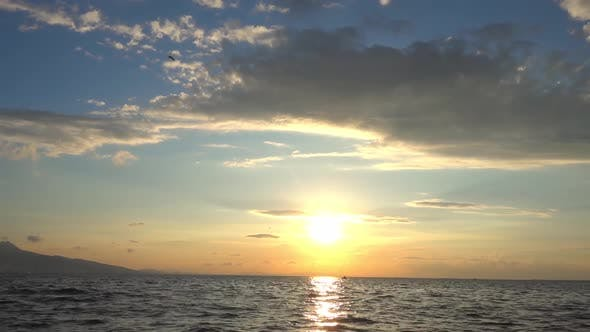 Cloudy Seascape Sunset Time Lapse