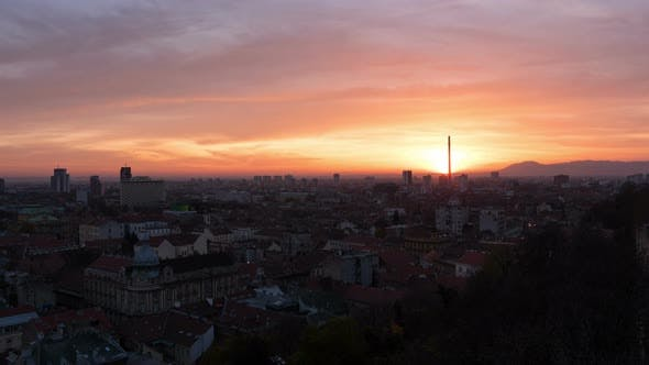 Timelapse of the Sun setting over Zagreb