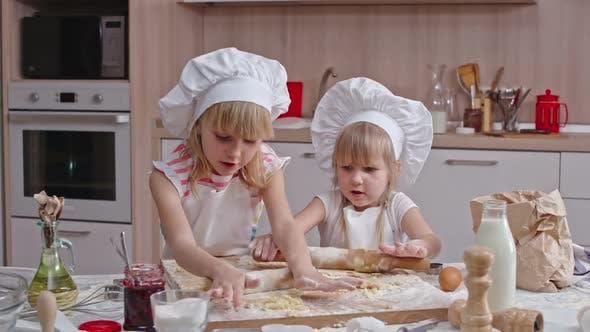 Thumbnail for Kids Baking
