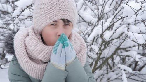 Get Warm in Winter Gloves