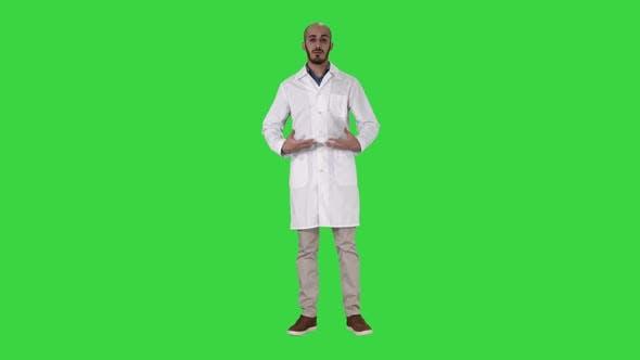 Thumbnail for Arabian Doctor Talking To Camera on a Green Screen, Chroma Key