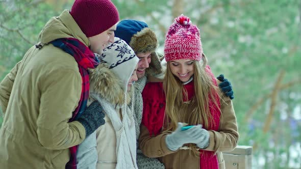 Cover Image for Friends Taking Selfie on Winter Vacation