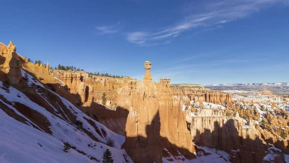 Thors Hammer in Bryce Canyon. Snow. Utah, USA