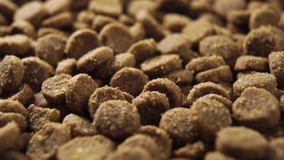 Dry cat food rotates