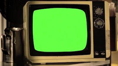 Vintage TV Green Screen.