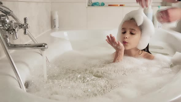 Beautiful Foam Hairstyle