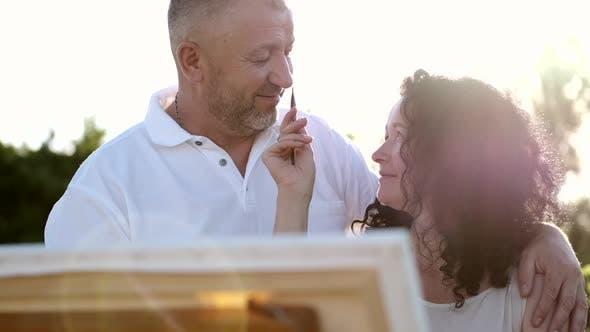 Thumbnail for Reife Paar auf einem Date Malerei zusammen