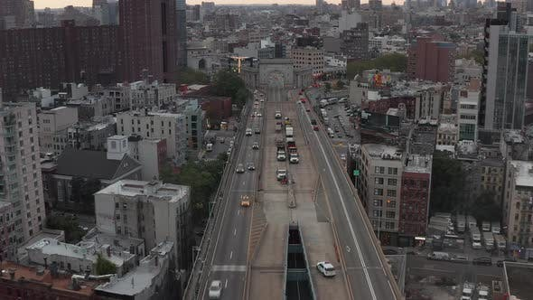 Cover Image for New York City Bridge with Car Traffic