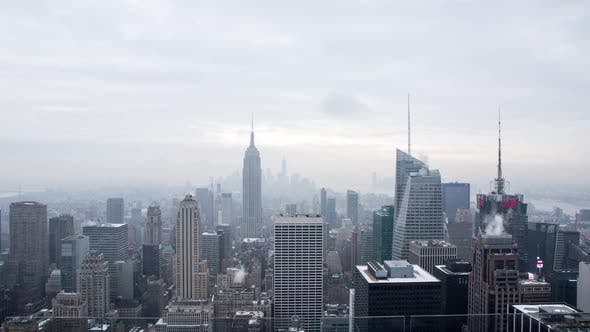 Thumbnail for Time lapse to the Manhattan skyline in New York.