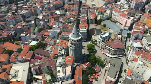 Slow parallax of the Galata Tower and surrounds