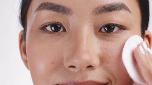 Make Up Removal