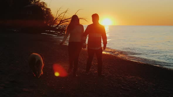 Thumbnail for Silhouettes of a Romantic Couple