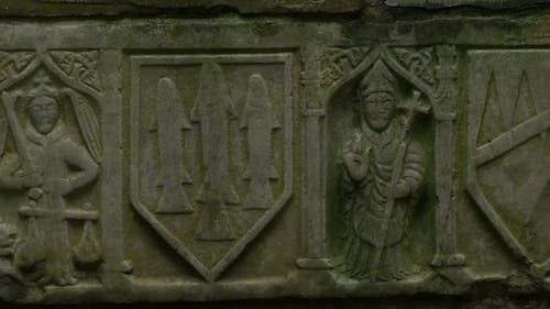Bas Reliefskulpturen