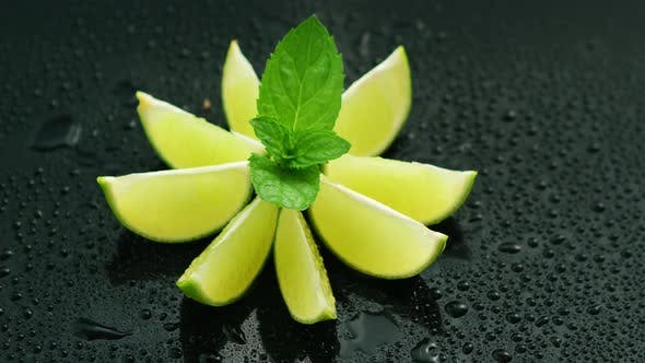 Composed Slices of Lime