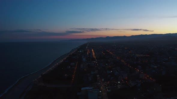 Ciel de coucher de soleil sur la ville