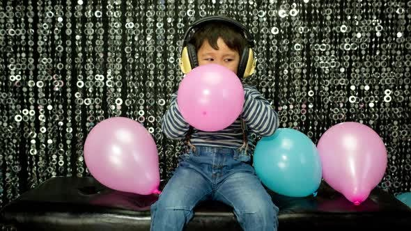 Thumbnail for Boy child party balloons