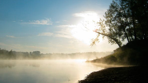 Thumbnail for Landschaft mit Sonnenaufgang