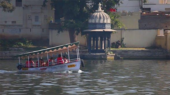 Thumbnail for Boat on Lake